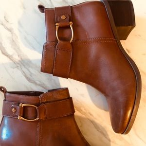 Anne Klein Rich brown leather ankle boots